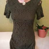 Платье H&M, очень красиво сидит,размер С