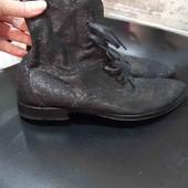 Шикарнейшие,натуральный замш,осенние ботинки!