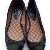 Zara,лаковые балетки 39 р,стелька 25,5 см