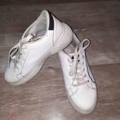 очень классные и стильные кроссовки/кеды(смотрите фото и описание
