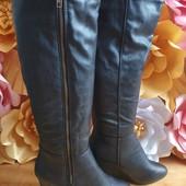 Laureana Високі чоботи із еко-шкіри,мають легке утеплення 41 рри.