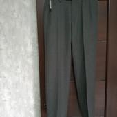 Фирменные новые красивые мужские брюки р.30-31 на пот-38-39 поб-49-50