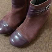 Отличные детские замшевые ботиночки