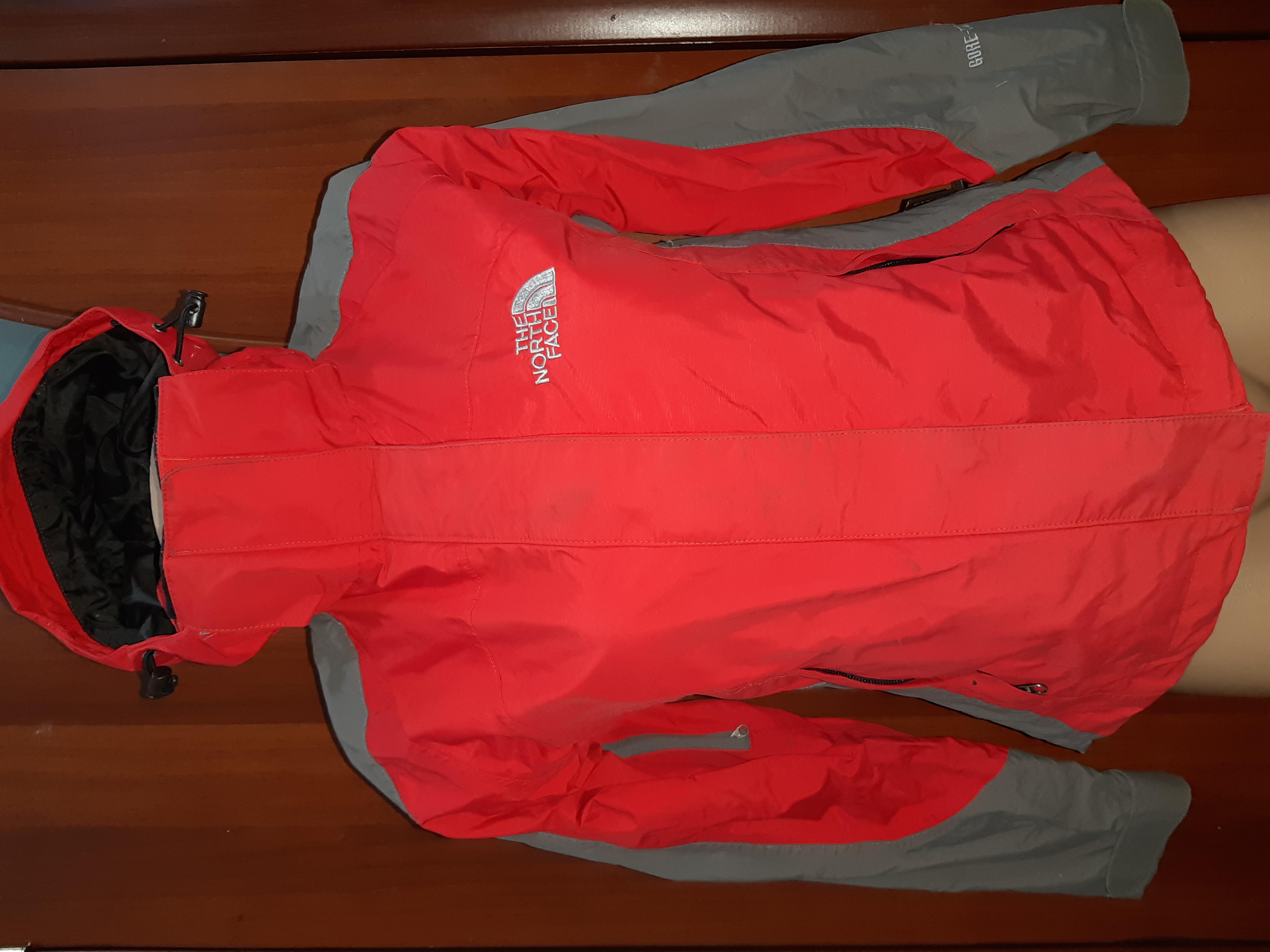 Куртка фирмы The North Face,размер Xs