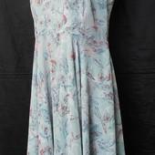 Лёгкое нежное платье на подкладке, грудь 100-104