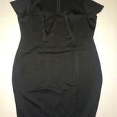 Платье футляр р.24 а идеальном состоянии