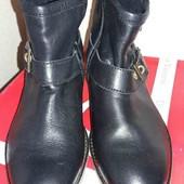 Стильные женские ботинки. Размер 39