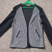 Классный пиджак.