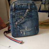 Рюкзак джинсовый в отличном состоянии