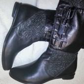 Эксклюзивные кожаные сапоги Италия, размер 40 - 26-26,5-27 см