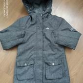 Демисезонная куртка от Trespass. По бирке 7-8 лет.Отличное состояние.