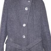 Фирменное шерстяное пальто размер 42-44