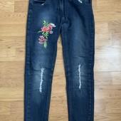 Классные стрейчевые джинсы на 8-10 лет ! Идеальное состояние