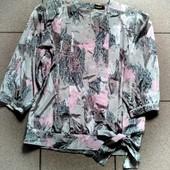 Красивая свободная блузочка √√ Пог 57 см √√ отличное состояние.
