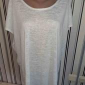 Подовжена трикотажна  футболочка Boohoo, р20 (Пог -67)