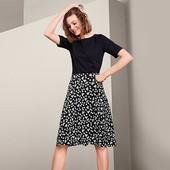 Стрейч юбка в ромашки от Tchibo (Германия). Размер 40/42 евро
