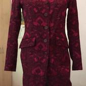 Лёгкое осенне/весеннее пальто, бордовое 36 Красивое;) Яркое;)