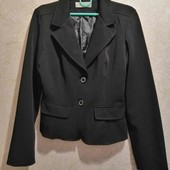 Классический чёрный пиджак р. 44. Новый, без бирки. Пог 47.