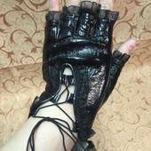 Красивые перчатки без пальцев, натуральная кожа
