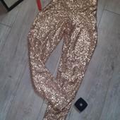 Нереально крутые клубные брюки золото золотые паетки они огонь