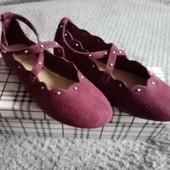 Красивые лёгенькие туфельки натуральная замша 19 см стелька