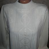 Нежный белоснежный тёплый свитер-гольф 16-18р, грудь 60