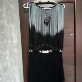 Фирменное новое красивое платье р.12-14(М).