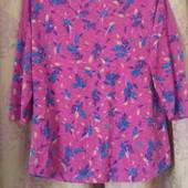 Новая весенняя трикотажная блузочка с кружевными вставками р 50,52