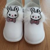 Красиві туфельки для Вашої принцеси.
