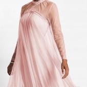 Великолепное, фирменное, качественное платье. Пр-во Турция. р-р: 40/42. новое. описание