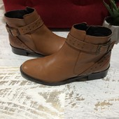 Ботинки із натуральної шкіри,від Minelli,розмір 37,устілка 24.Стан нових