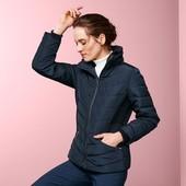 Теплая стеганая куртка с меховым воротником от Tchibo Германия размер евро 36 (укр 44)