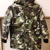 Модная куртка на мальчика демисезон.