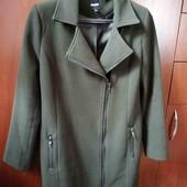 весняне пальто, шарф у подарунок