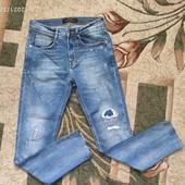 Собирай лоты) Крутые стильные джинсы с латками и потертостями для девочки 11-15 лет