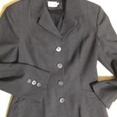 Деловой пиджак Voila