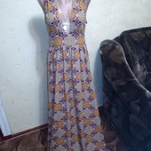 Шикарное платье в пол 12 размера.