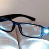 Очки для чтения с подсветкой оправы+футляр+4 батарейки. Унисекс. 1 dpt