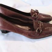 скидка на УП 10%!! прекрасные кожаные туфли стельки 25 см