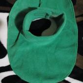Флісова манішка Зелена на від від одного року до восьми років
