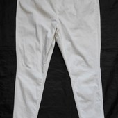 Белые стрейчевые джинсы/джеггинсы,65%коттон,16р(2xl)