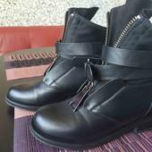 Ботинки размер 37,стелька 24 см