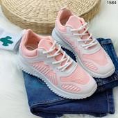 Крутые и качественные кроссовочки!Легкие и очень удобные!Два цвета.37-41(маломерят на размер)см.опис
