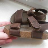 Кожаные ортопедические сандали-босоножки next состояние отличное