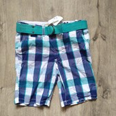 Новые шорты с ремнем на 4-5 лет