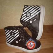 Демисезонные классные ботиночки 29р