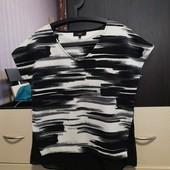 Красивая, стильная футболка с шифоновым низом Next. p. 12/L