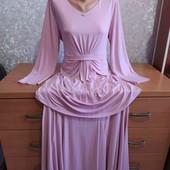 Праздничное,нежное платье в пол  размер 50-52.