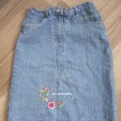 Гарна джинсова юбочка із вишивкою, 10% знижка на УП