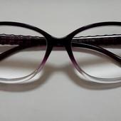 Очки для зрения, линзы +4,5
